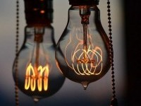 (379) Fancy - Nostalgic Edison Light Bulb by Bulbrite