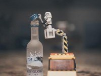 Reggie Ballesteros i minifigurki LEGO - CzytajNiePytaj - Magazyn Online. Sztuka, Moda, Design, Kultura