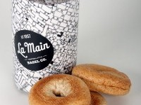 La Main's Bagel Packaging on Inspirationde