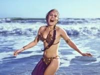 leia-beach-these-behind-the-scenes-star-wars-pictures-are-perfect-jpeg-177777.jpg (JPEG-Grafik, 2603×1780 Pixel) - Skaliert (72%)