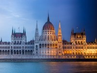 Greg Florent Captures Stunning Time-Lapse Budapest's Landmarks