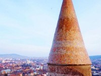 Free Images : old, skyscraper, cityscape, evening, tower, entrance, castle, landmark, fortress, temple, stronghold, spire, steeple, tradition, shape, romania, transylvania, hunedoara, citadel, corvin, ro, deva 3264x4912 - - 1392890 - Free stock photos - PxHere