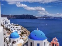 Oia, Santorini ... absolutely breathtaking. : travel