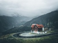 House at furkapass in Switzerland on Inspirationde