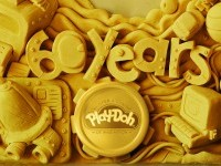 PLAY-DOH on