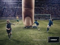 Canal+: iPhone, Football | Ads of the World™